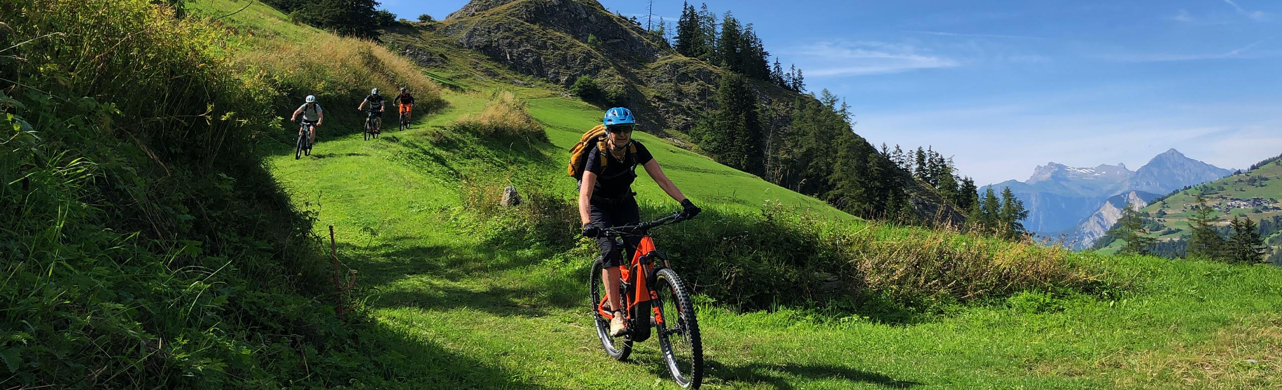 E-MTB tours in swiss Alps