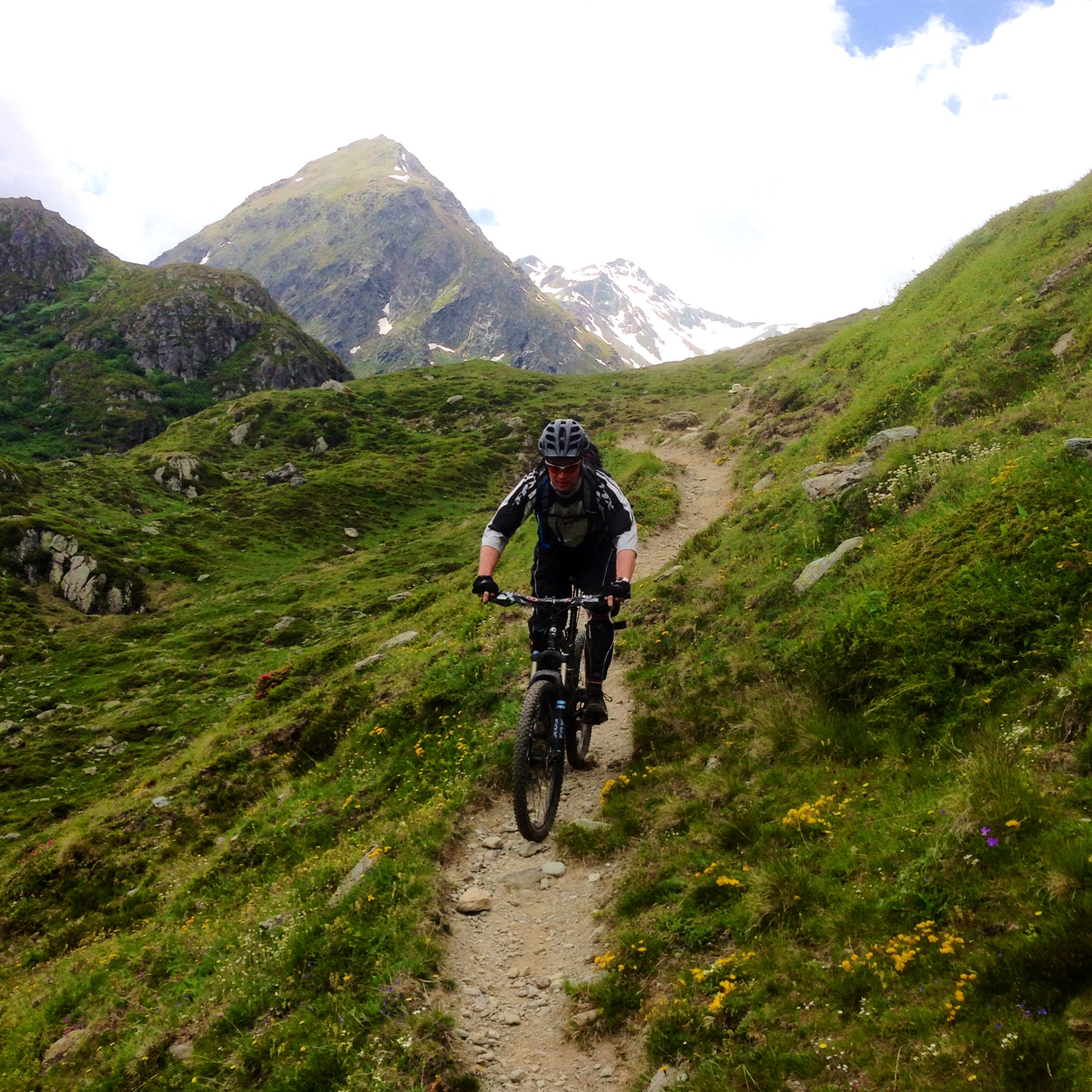 tour vtt grand saint bernard